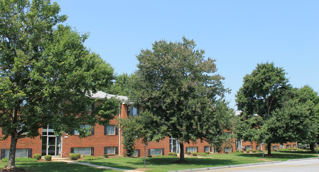 Briercrest Apartments On Shadywood Dr In Jefferson